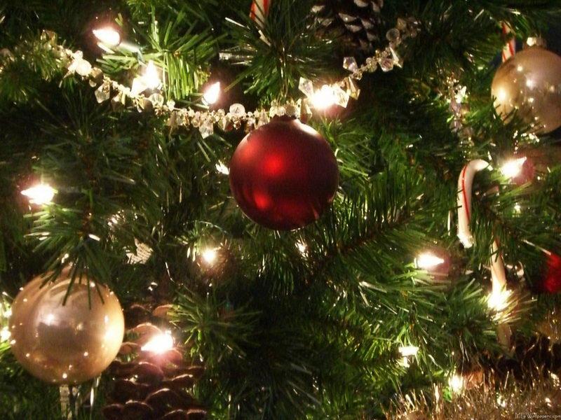 christmas-wallpaper-decorations-83_1.jpg