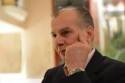Αντώνης Καμπουράκης: ο γελαστός επιχειρηματίας, της Λένας Παγώνη