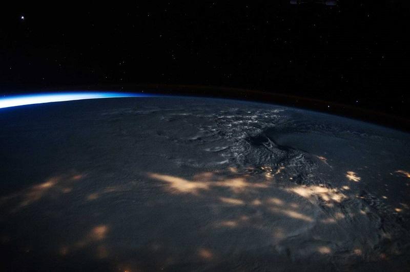 top-10-photos-snowstorm-space-scott-kelly-nasa.jpg