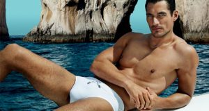 640-EDIT-david-gandy-hot-picture-dolce-and-gabbana-light-blue-ad-campaign-620x330.jpg