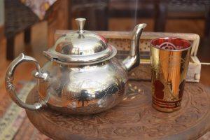 take-the-you-arabic-with-tea-2249168_960_720.jpg