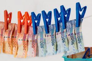 money-laundering-1963184_960_720.jpg