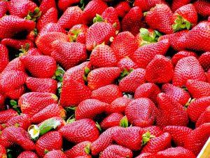 strawberries-99551_960_720.jpg