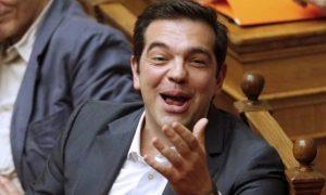 tsipras-gelaei.jpg