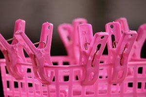 clothespins-2142604_960_720.jpg