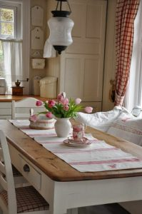country-green-kitchen.jpg4.jpg