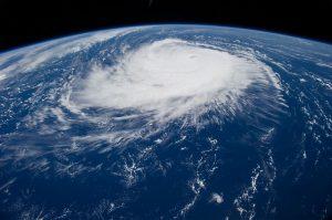 hurricane-1650692_960_720.jpg