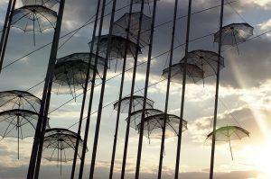 umbrella-2673573_960_720.jpg