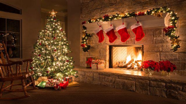 Christmas-Feature-4.jpg
