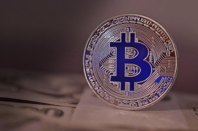 bitcoin-2868704_960_720.jpg