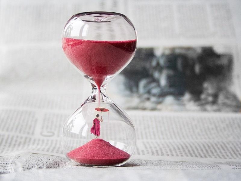 hourglass-1875812_960_720.jpg